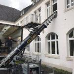 KTS Umzug der St. Josef Schule in Bad Honnef mit Möbellift